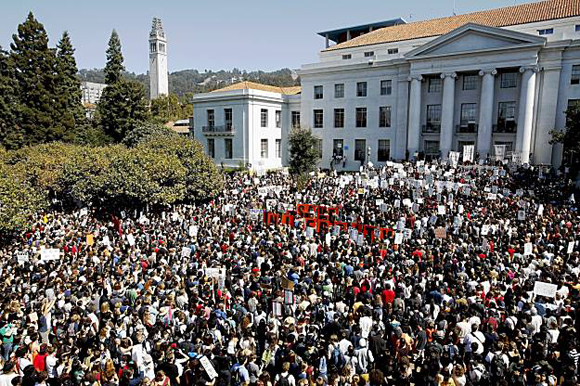 24 September 2009: UC Berkeley faculty and student walkout in protest against budget cuts, fee hikes, layoffs and furloughs. Photo courtesy of Indybay.org/Labor Video Project