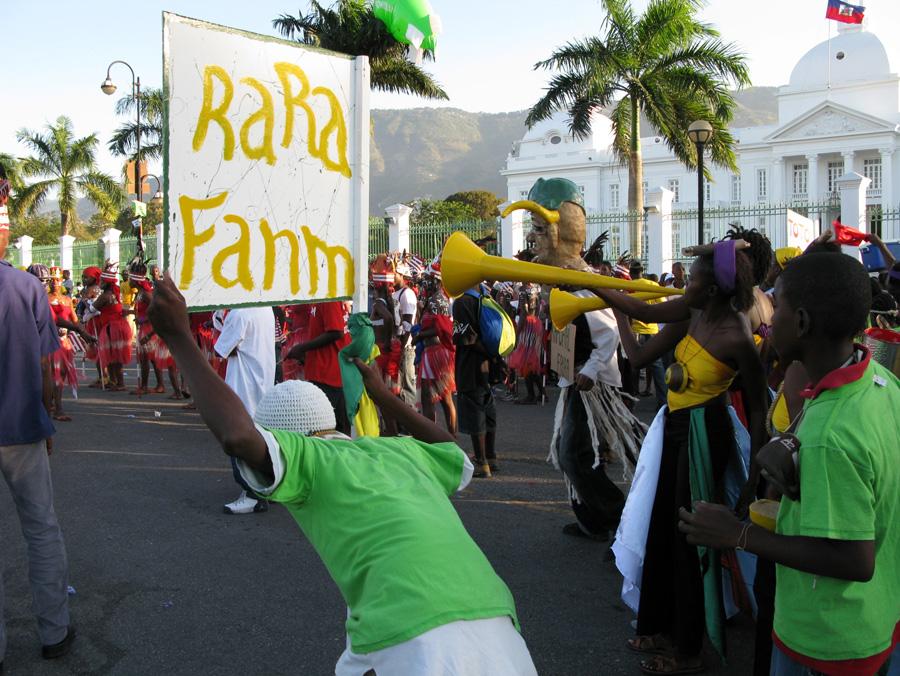 Dancing With Haitians At La Fete De >> E7 1 Dossier Dancing In Salon Pep La